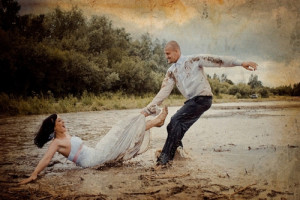 Filmari trash the dress